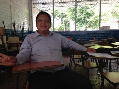 Director Carlos V.